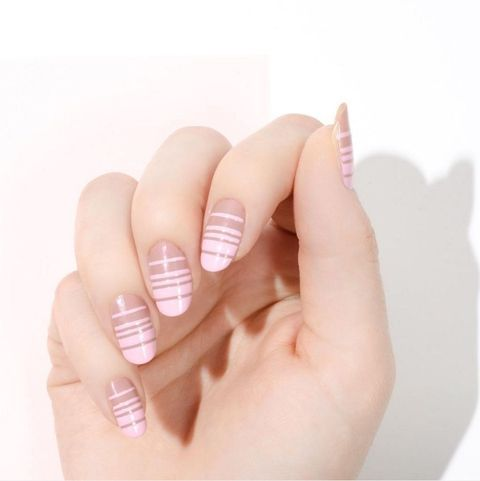 Summer Nail Color Trend From Runway-Ladylike Neutrals