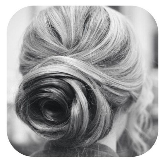 Hair tips - Romantic Bun